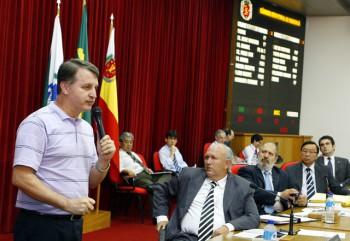 Sessão Ordinária 29/03/2011 - Câmara Municipal de Maringá-PR